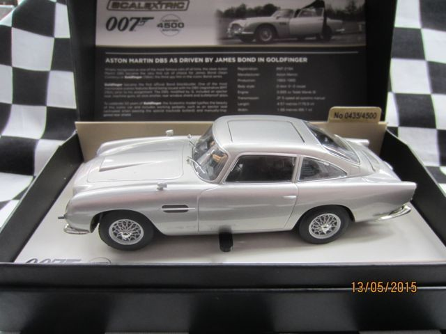 Thunderbird Slot Racing Scalextric Aston Martin Db5