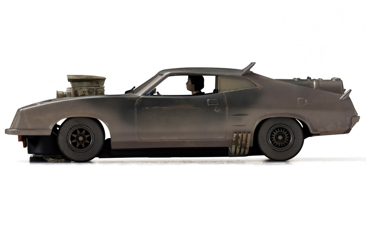 max automobile interceptor from 39 mad max fury road 39 photos mad max cars the post. Black Bedroom Furniture Sets. Home Design Ideas