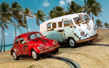 LEGENDS RUSTY RIDES VOLKSWAGEN BEETLE & T1B CAMPER VAN - LIMITED EDITION