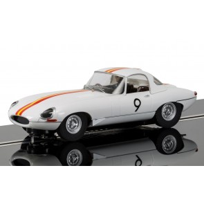 Scalextric JAGUAR E TYPE 1965 BATHURST NO.9 BOB JANE - C3890