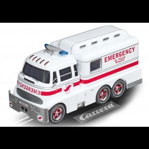 Carrera 1/32 Digital Carrera Ambulance with lights & figure - 30943